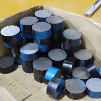 高速度工具鋼(ハイス)の素材。黒皮。